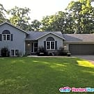 Beautiful Home in a wooded neighborhood - Breezy Point, MN 56472