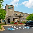 Furnished Studio - St. Louis - Airport - Central - Bridgeton, MO 63044