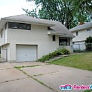 1603 Conway St - Saint Paul, MN 55106