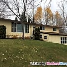 Cozy 3br/2.5ba Home on the Lake! - Richmond, MN 56368