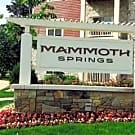 Mammoth Springs Apartments And Townhomes - Sussex, WI 53089