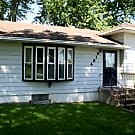 Beautiful 3 bdrm, 1.5 bath - Leavenworth, KS 66048