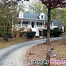 Gorgeous 3br/2.5ba Home in Lithonia with In-law... - Lithonia, GA 30038