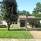 "Price Reduced & Free 42"" Tv! Charming 3 Bedroom Ho - Dallas, TX 75228"