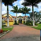 Luxury 5/3 Waterfront Pool Home - Cape Coral, FL 33914
