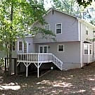Peaceful & Private - Close to  Stone Mtn Pk - - Stone Mountain, GA 30087