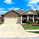 Stunning 3/2/2 with split bedrooms and an oversize - Fort Worth, TX 76177