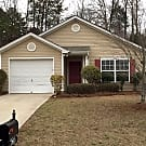 Centrally Located Home In Charlotte - Charlotte, NC 28214