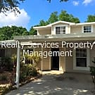 Beautiful, Renovated, 3 Bed 2 Bath Townhome - Grea - Fort Myers, FL 33907