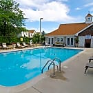 Apartments at Windbrooke Crossing - Buffalo Grove, IL 60089