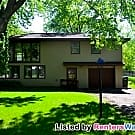 Fantastic 3br+Den Single-Family Home in... - Burnsville, MN 55337