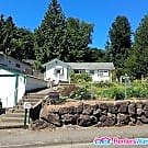 Garden Home Perfect for Outdoor Pets - Tukwila, WA 98168