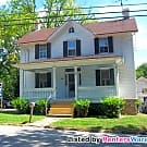 Gorgeous 3 Bed/1 1/2 Bath home in Green Spring... - Lutherville Timonium, MD 21093