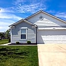 Ranch home on a Pond with Fenced in Backyard. - Indianapolis, IN 46239