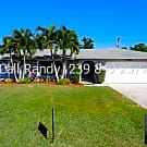 *Reduced* 3 Bed 2 Bath 2 Car Garage, Lots of recen - Cape Coral, FL 33990
