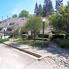 Attractive 2-level townhouse condo in gated commun - Santa Rosa, CA 95409