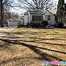 Completely Refurbished 2 Bedroom House in Coon... - Coon Rapids, MN 55433