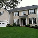 Very well maintained Fletcher home - Fletcher, NC 28732