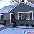 Like New 5BED/2BATH Home in Columbia Heights - Columbia Heights, MN 55421