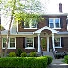 Beautiful, Updated 4 Bedroom Highlands Home - Louisville, KY 40205