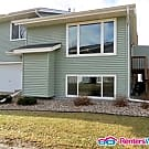 4 BR 2 Bath End Unit with New Carpet and Paint - Rosemount, MN 55068