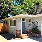 Upgraded Junior College duplex with attached garag - Santa Rosa, CA 95404