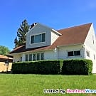Cat Friendly 3 Bdrm Lower - South Milwaukee, WI 53172