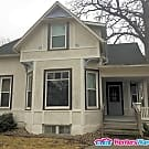 4 Bed, 3 Bath Single Family Home Near Drake... - Des Moines, IA 50311
