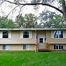 1510 Evergreen St, Holiday Hills, IL 60051 - Holiday Hills, IL 60051