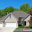 Huge 4 bedroom house available now! - Saint Paul, MN 55127