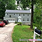 Roswell Colonial with Fenced in Yard Ready 9/1/16! - Roswell, GA 30076