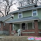 Spacious 2 Story Home! - Kansas City, MO 64130
