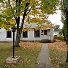 GREAT 2BD 1BA 1CAR GARAGE HOME IN ROBBINSDALE! - Robbinsdale, MN 55422