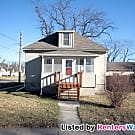 Valley Junction - 3 Bed, 1 Bath - WDM Home - West Des Moines, IA 50265