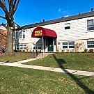 King's Court Apartments - Barberton, OH 44203