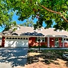 Beautiful 4 bed in The Village - The Village, OK 73120