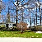 Spacious Home w/ Fenced in Yard - Fletcher, NC 28732