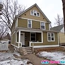 Large 3 Bedroom Duplex - Minneapolis, MN 55412