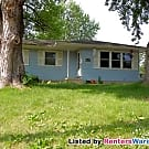 Quaint 3 bed, 2 bath Newton home in quiet... - Newton, IA 50208