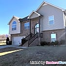 Spacious Custom Home with all the trimmings. - Clarksville, TN 37042