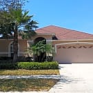 3 Bedroom/2 Bath with NEW Ceramic Tile Flooring! - Land O'lakes, FL 34638