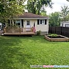 Quiet, peaceful, home mins from everything! - Waterford, MI 48328