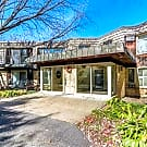 5220 Interlachen Blvd - Edina, MN 55424