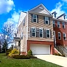 Townhouse with beautiful contemporary finishes! - Loveland, OH 45140