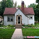 3 Bd 2 Bth Home On Corner Lot In S Mpls! Avail... - Minneapolis, MN 55406