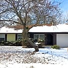 4 Bedroom Home with Fenced in Back Yard. - Indianapolis, IN 46254
