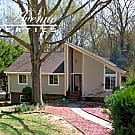 9322 Sardis Forest Dr - Charlotte, NC 28270