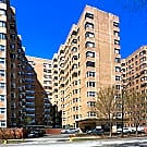 5630 North Sheridan - Chicago, IL 60660