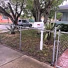 2/1 Single Family Home in West Palm Beach - West Palm Beach, FL 33405