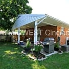 Charming 2 bed + den with finished basement in Gro - Cincinnati, OH 45239